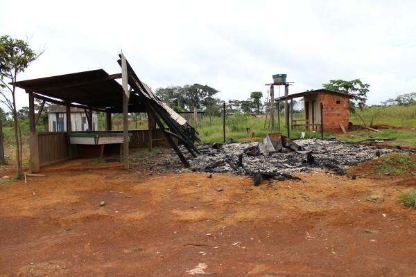 Sul do Amazonas: confrontado por pistoleiros, governo recua