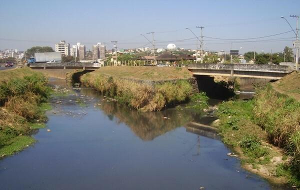 Encontro dos córregos do Ressaca e Sarandi - Imagem: Acervo Projeto Manuelzão