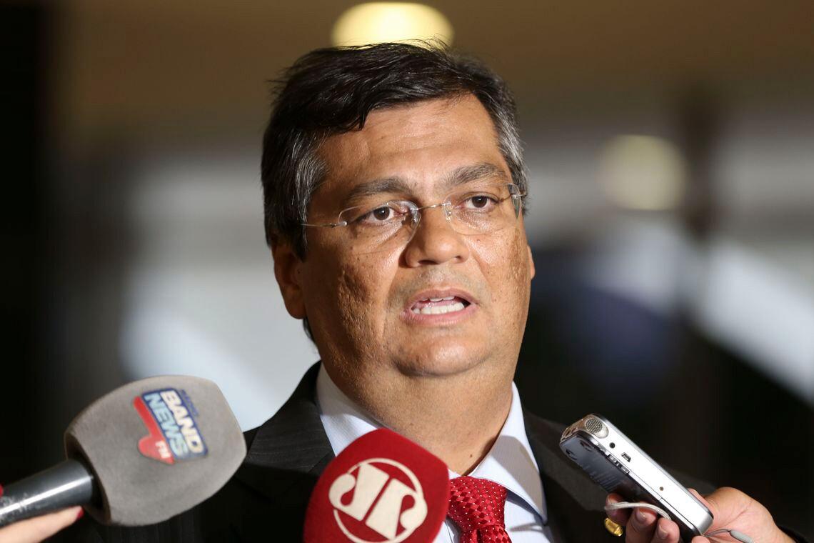"""Destruição da Petrobras mostra que Lava Jato é """"cavalo de Troia"""", diz Flávio Dino"""