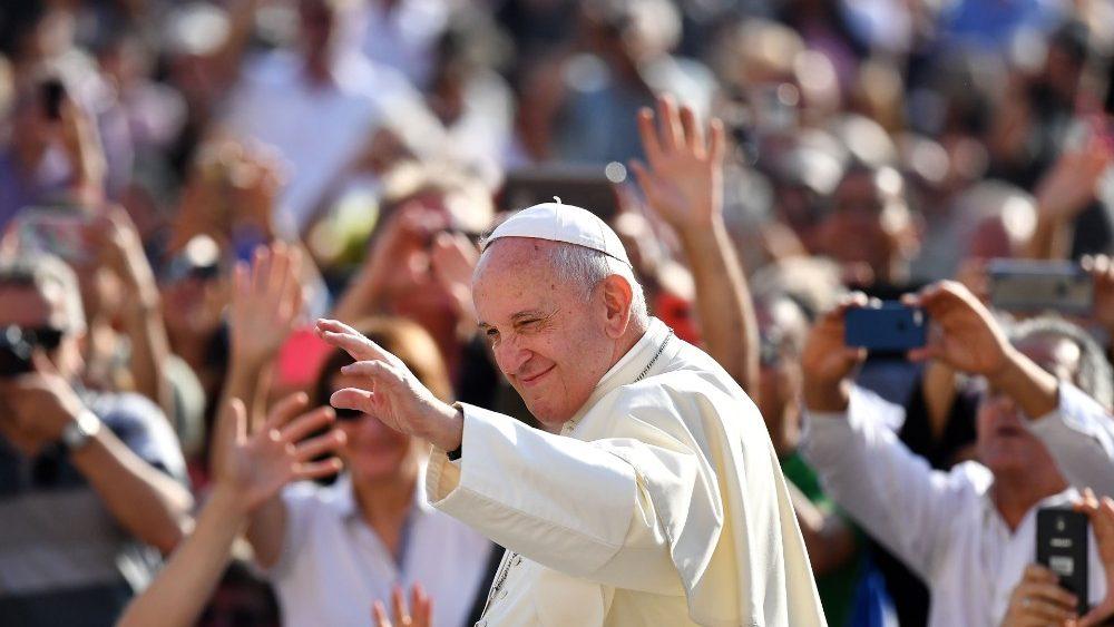 Fake news e escândalos a mídia católica de direita ataca Francisco_img1